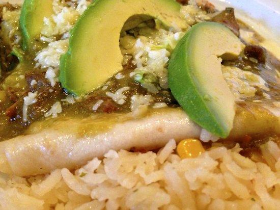 Celi's Mexican Restaurant: Chile Con Carne Enchiladas