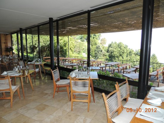 Hotel Antumalal: Restaurante , interno.