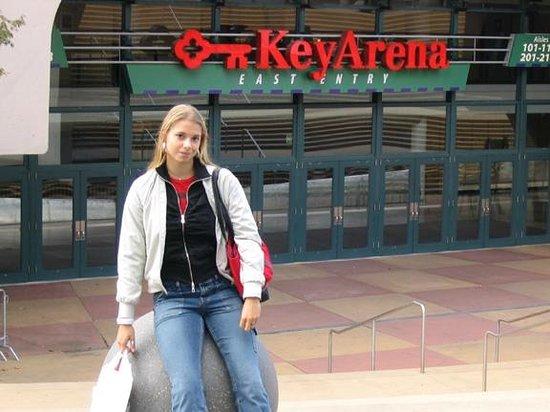 KeyArena: Ma Friend @ Key Arena