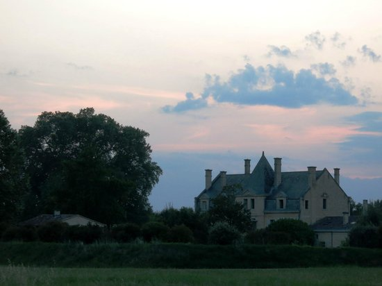 Chateau Julie: Chateau at dusk