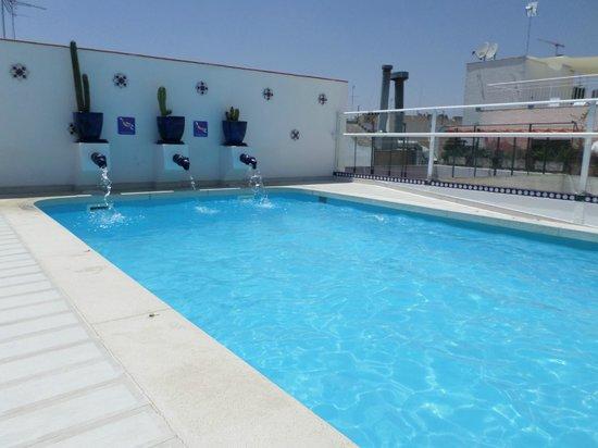 Hoteles en sevilla con piscina con las mejores colecciones for Piscinas abiertas en sevilla