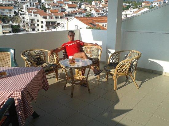 Apartments Dobrila: terrazza appartamento!!!!una meraviglia!