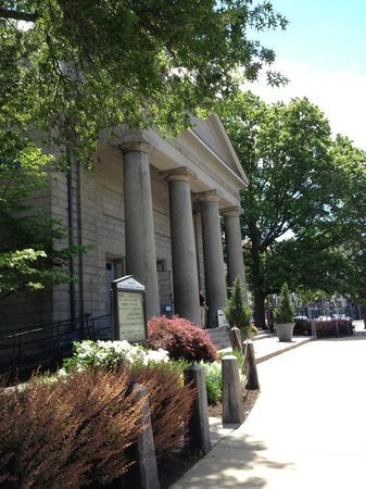 Exterior of the United First Parish Church