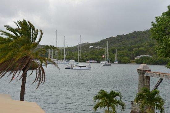 Admiral's Inn & Gunpowder Suites: The sea