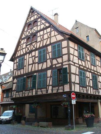 Hotel Restaurant Maison Rouge: Barr