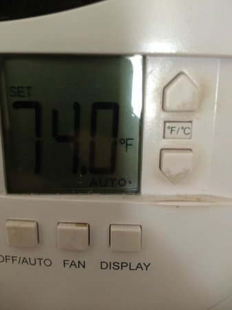 The Westin Maui Resort & Spa : The AC controller (AC was broken by the way) was filthy, it was all brown. Photo does not do jus