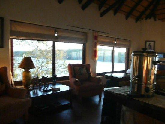 Masumu River Lodge : Speisesaal mit Panorama Blick