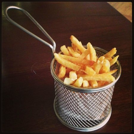 Seven Seafood & Grill : fries what else
