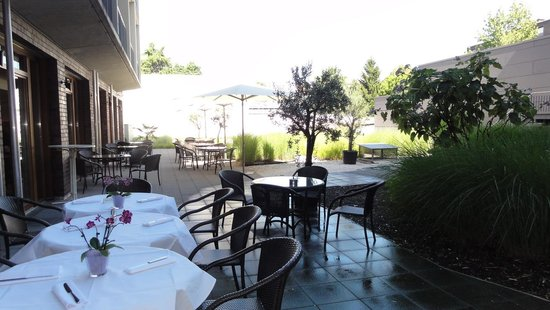 Hotel Begardenhof: Terras