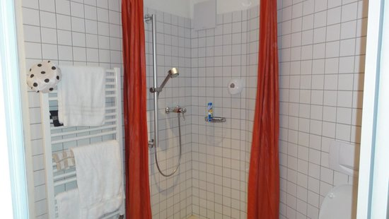 Hotel Begardenhof: Douche