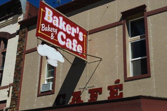 Baker's Bakery & Cafe: Baker's Bakery and Cafe