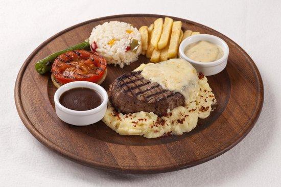 Fiesta Restaurant & Bar: Plank Steak