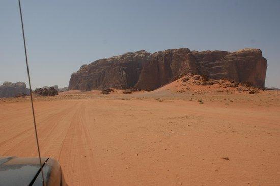 Enjoy Wadi Rum Bedouin Camp: 3