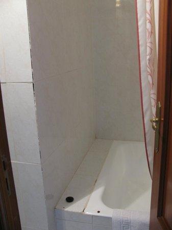 Villamanez Hostal : Baño