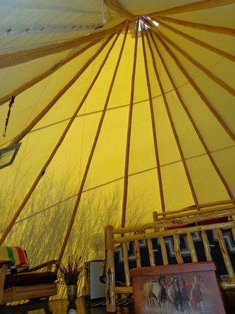 Cherry Wood Bed Breakfast and Barn: Inside Teepee