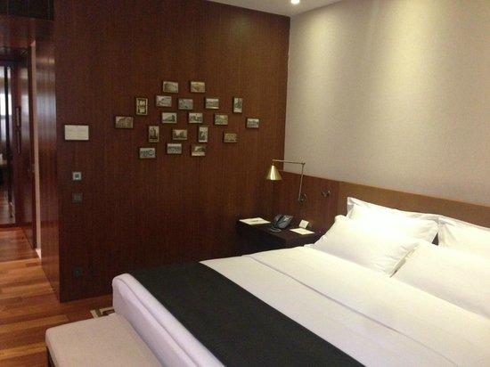 Square Nine Hotel Belgrade: Room