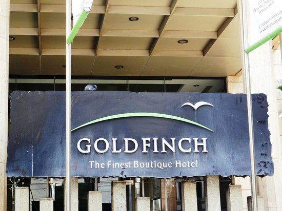 Goldfinch Hotel Bangalore - main entrance