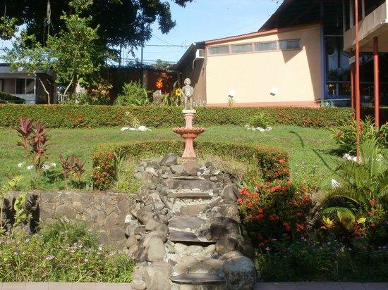 Hotel Divisamar: área de la alberca!