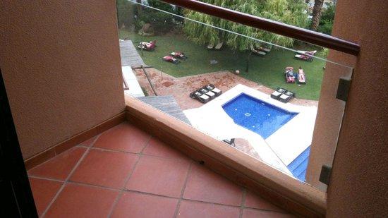Dom Pedro Marina: Balcony off the bedroom in a Junior Suite