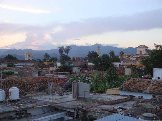 Casa Roberto y Olga: Blick über die Dächer von Trinidat