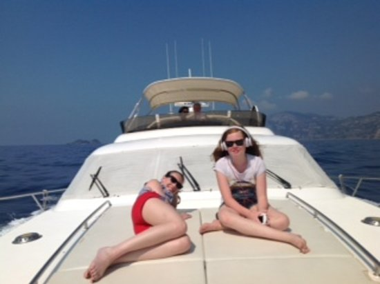 Blu Cruising Private Day Tours: Relax