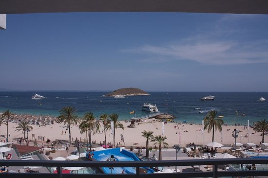 Sol Wave House Hotel: Our sea view (from new building)