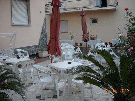 Hotel Villa Tempo d'Estate : Dehor