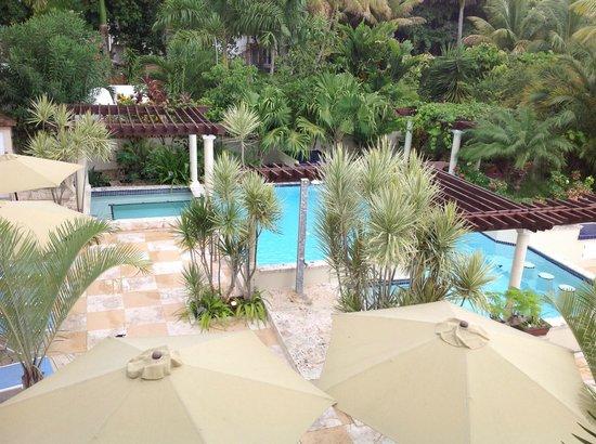Blue Boy Inn : view from the upper terrace