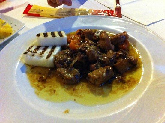La Taverna : Veal with Treviso sauce