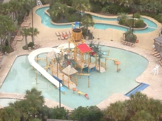 Embassy Suites by Hilton Myrtle Beach-Oceanfront Resort : view from 20th floor of splash park