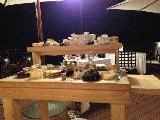 Restaurant Villa Belrose: Et le 2ème charriot des fromages!