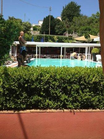 Hotel Palatium Mari: piscina
