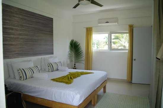 Swell Surf Camp: Premium room
