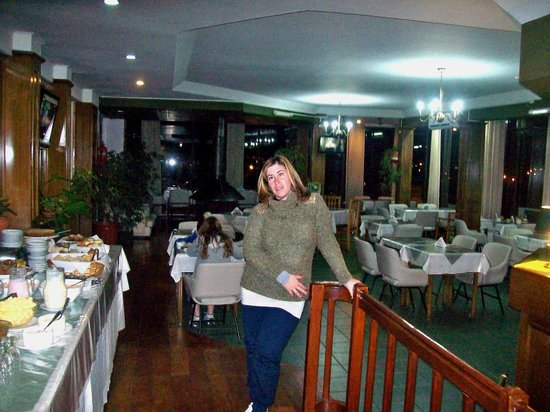Hotel Sol Del Sur: comedor y espacio de descanso