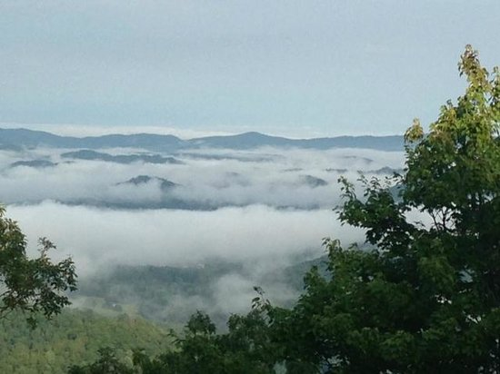 Gracehill Bed & Breakfast: Gracehill - Above the Clouds in the morning