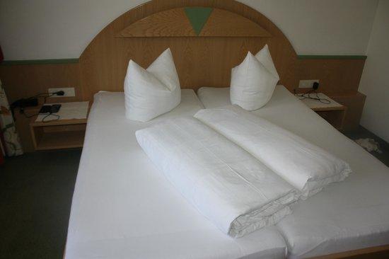 Hotel Maximilian : la stanza
