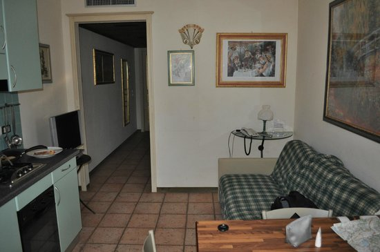 comedor,salon,cocina,recibidor - Picture of Carpediem Assisi ...