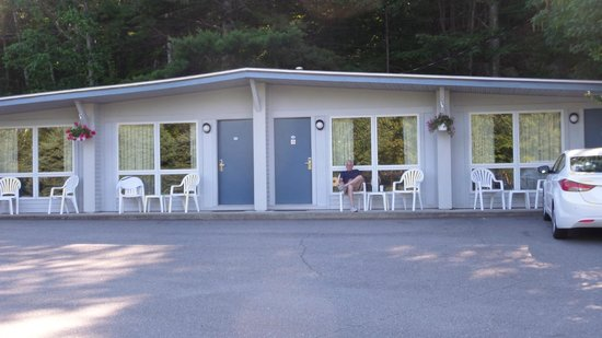 Bar Harbor Motel: Exterior