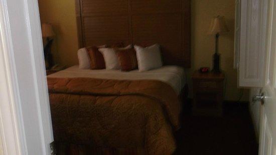 Floridays Resort Orlando: Master bedroom