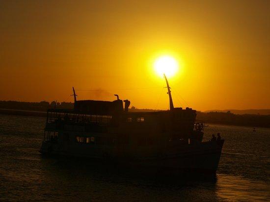 Parque de campismo Orbitur Ilha de Armona: el barco