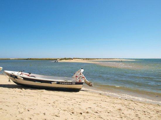 Parque de campismo Orbitur Ilha de Armona: mas playa