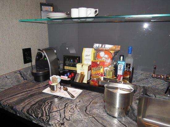 Trump International Hotel & Tower Toronto: 2509