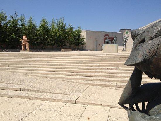 Winnipeg Art Gallery : Sculpture Garden  on roof