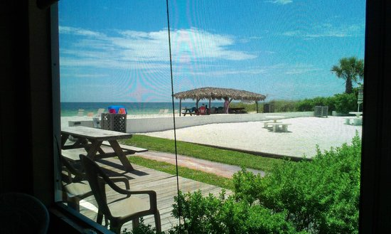 Gulf Beach Resort Motel : Beach view from screened porch of 308