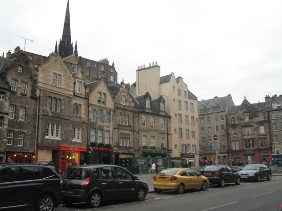 Grassmarket Hotel: exterior of hotel and surrounding buildings