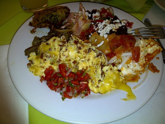 Capital Plaza Hotel: Buffet