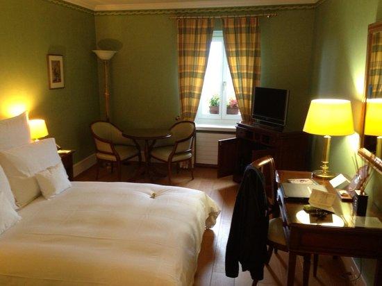 Domaine De Chateauvieux: La chambre