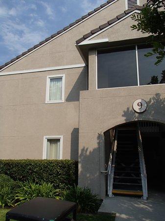 Residence Inn Huntington Beach Fountain Valley: Our room on top - building 9.