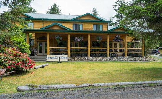 Haida House at Tllaal : Haida House