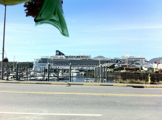 O'Brien's Pub and Eatery: Our view of the ship